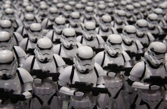 _87373845_stormtroopers_getty976b.jpg
